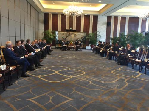 Kohtumine Guangdongi provintsi rahvakongressi liikmetega